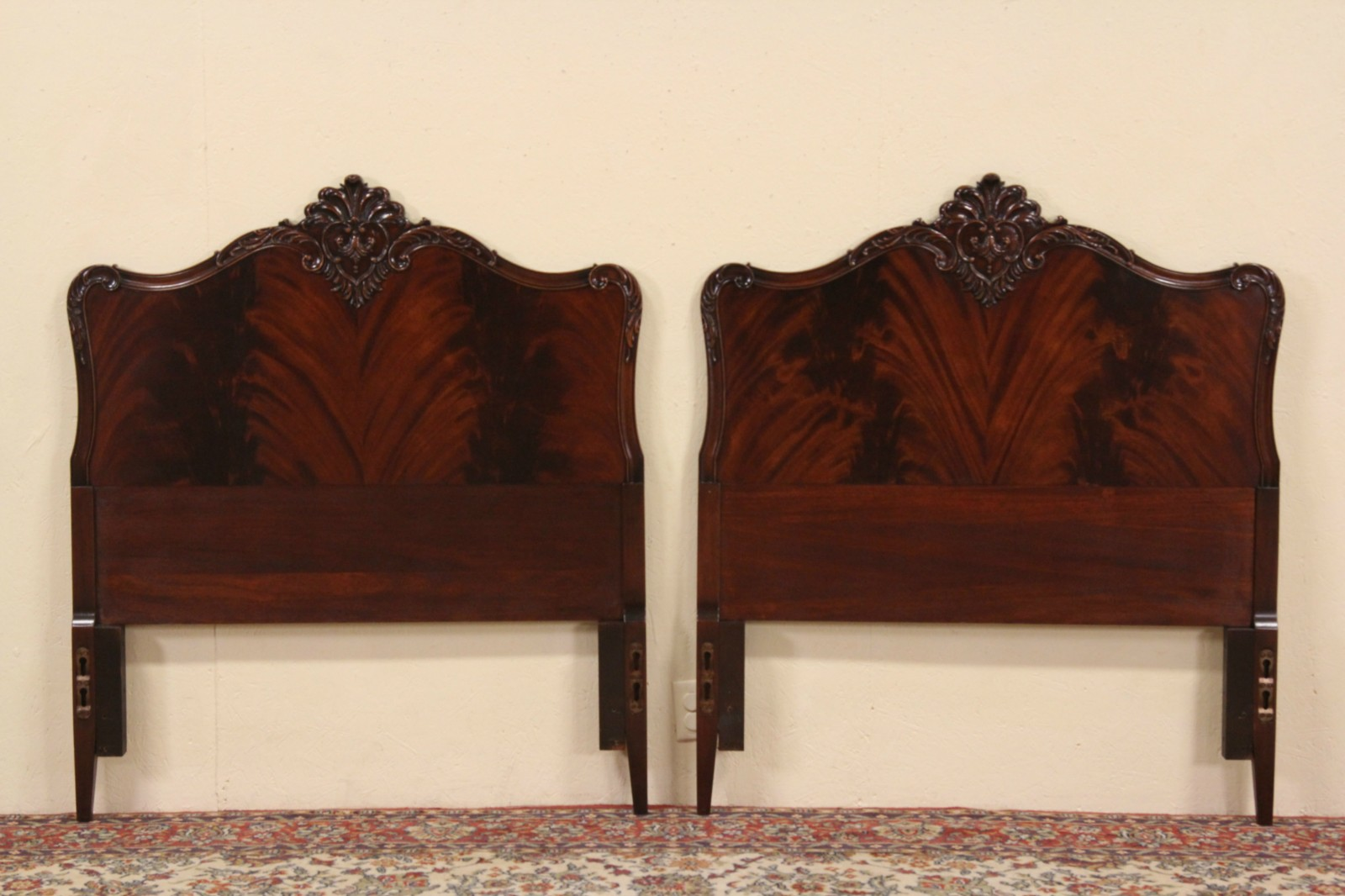 1940 S Headboards Mahogany Twin