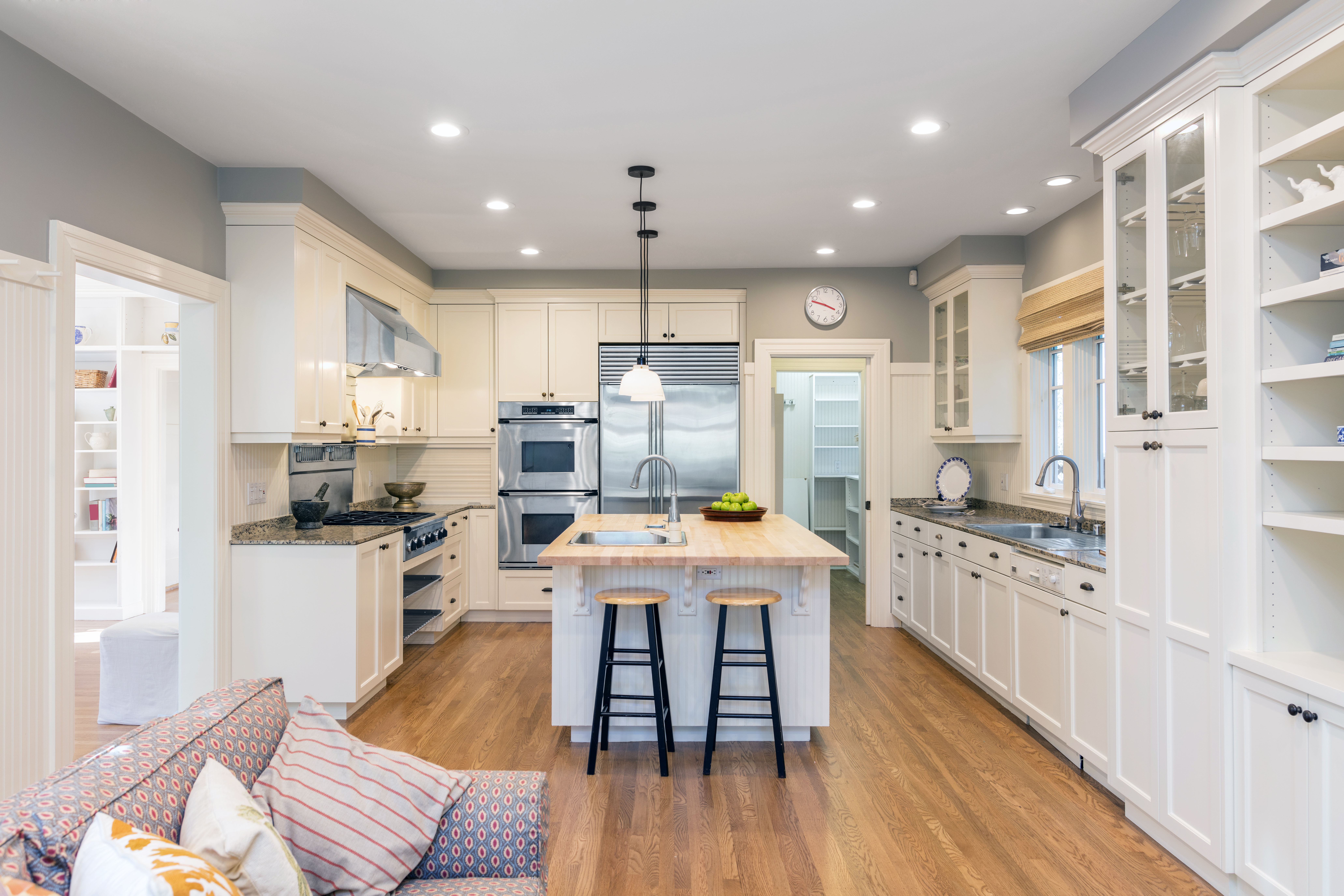 Custom cabinets help to organize your kitchen