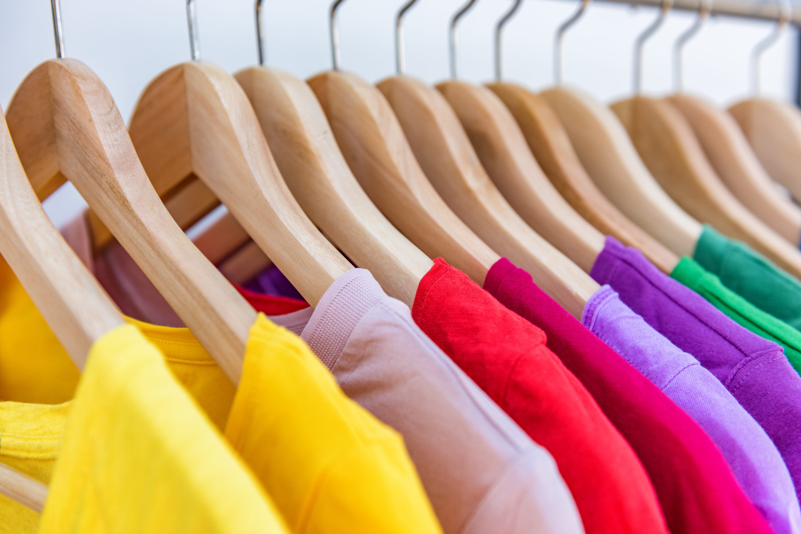 How To Organize Your Closet By Color To Help Every Day Be Bright Harrisburg Kitchen Bath