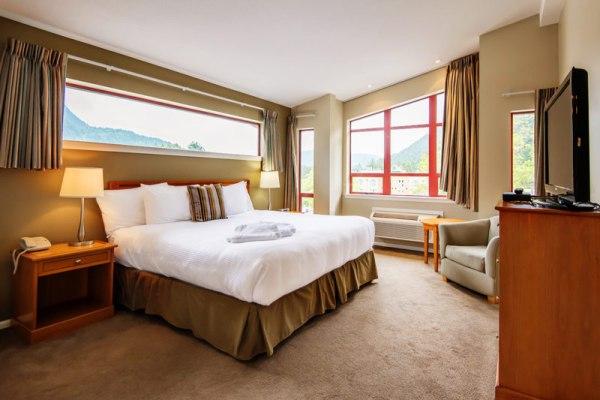 executives-suites-harrison-beach-accomodations
