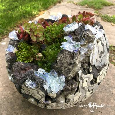 Rock-and-Concrete-Geode-Planters--madebybarb-17