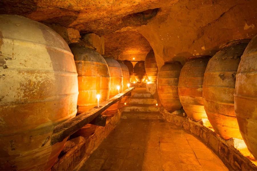 wijn terra cotta amforen
