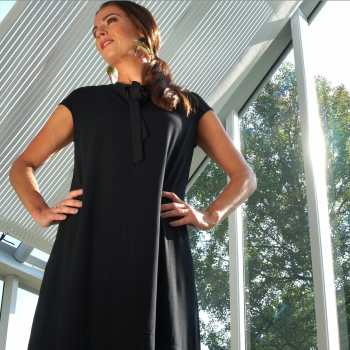 Black tunic with knot at neckline