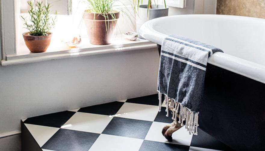checkered vinyl flooring designs by