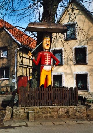 Bild: Der Roland von Questenberg.