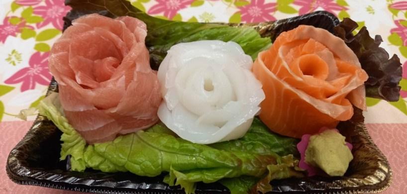 お刺身で作ったバラのブーケ