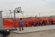نورس الملاح.. طالب أردني يزرع الأمل في نفوس طلبة لاجئين