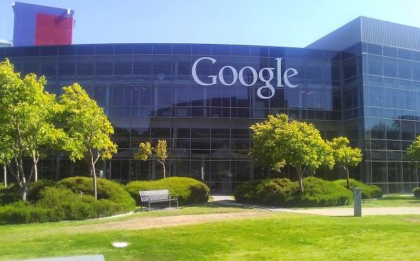 قانون جديد يهدد جوجل وفيسبوك بغرامات بالمليارات