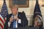 ترامب يغزو الإنترنت بموقف طريف.... فيديو