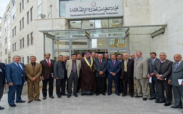 وفد اللجنة الوطنية للمتقاعدين العسكريين السابقين يزور هيئة الاتصالات