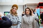 الملكة رانيا وملكة هولندا تزوران معهد التدريب المهني التكنولوجي في لاهاي