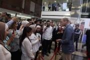 الأمير ويليام يزور كلية لومينوس الجامعية التقنية