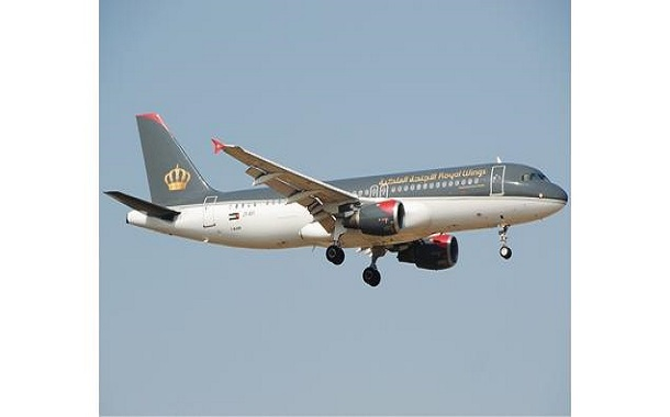 الأجنحة الملكية تعتذر لمسافري رحلة إسطنبول بعد عودتهم إلى عمان