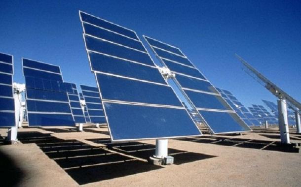 عطاء لإنشاء محطة شمسية في الأزرق بقدرة 5 ميغاواط