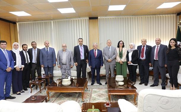 Orange الأردن وجامعة اليرموك يبحثان تعزيز التعاون بينهما