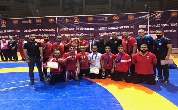 ست فضيات وثلاث برونزيات للمصارعة في البطولة العربية