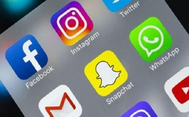دونالد ترامب يواصل هجومه على شركات التواصل الإجتماعي