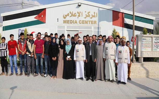 عبد العزيز الغرير  يوسع قاعدة المستفيدين من صندوق عبد العزيز الغرير لتعليم اللاجئين البالغة قيمته 100 مليون درهم  إلى 20 الف طالب