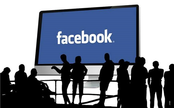فيسبوك ستوقف تطبيقها Moments في 25 فبراير
