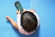 الصحة العالمية تشن حملة على مشاهدة الأطفال