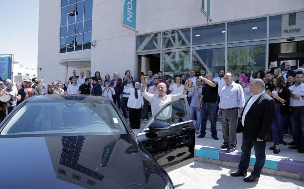زين تحتفل برابح ثاني سيارة مرسيدس C200 2019 ضمن حملتها
