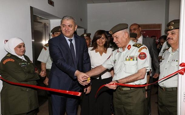 بنك الإسكان يتبرع بجهاز لتكسير الحصى بالأشعة فوق الصوتية لمستشفى الملكة رانيا العبدالله للأطفال