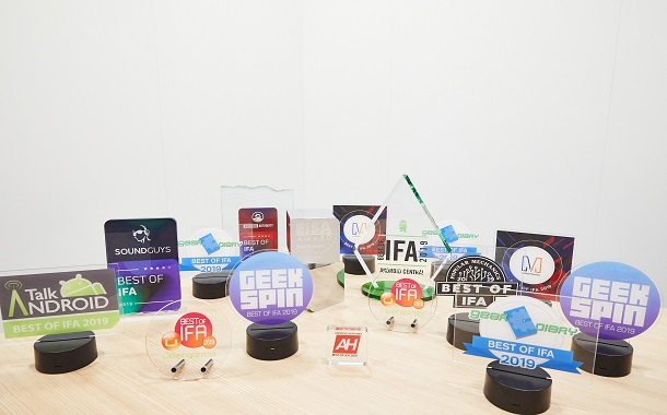 Huawei ترسخ ريادتها بفوزها بأعلى الجوائز في معرض إيفا 2019  إعجاب وإشادة بـ Kirin 990 وFreeBuds الفئة 3