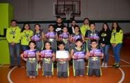 أمنية ترعى دوري كرة القدم وكرة السلة للصغار في عدد من المدارس