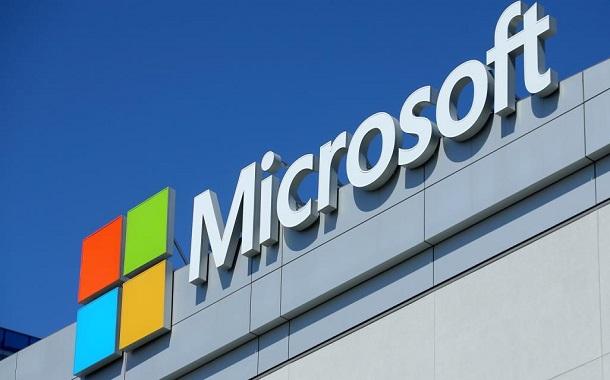 مايكروسوفت توفر حلول العمل عن بعد مجانا في أعقاب تداعيات كورونا