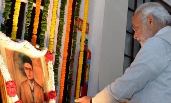 Narendra Modi paid tribute to right wing idealist Veer Savarkar on his 133th birth anniversary