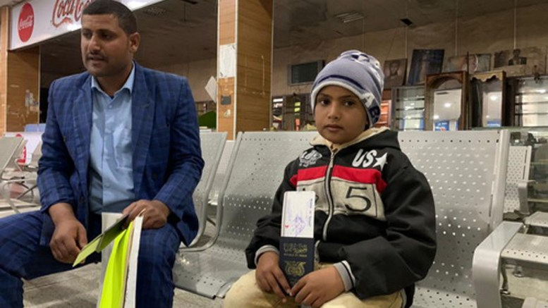 yemen_air_bridge-man_and_son