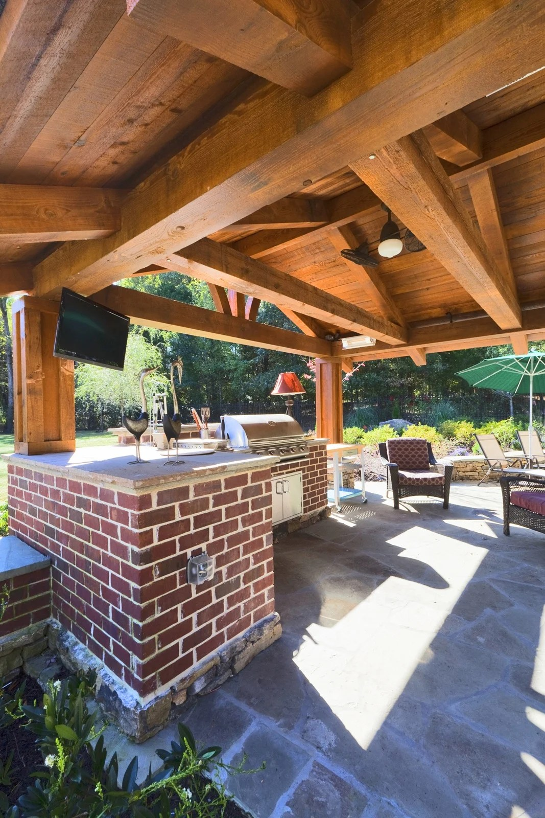 design and build an outdoor kitchen