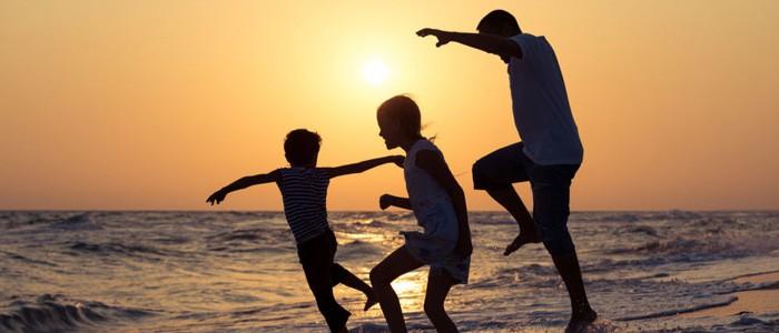 تعبير عن الوالدين بالانجليزي قصير مترجم وسهل 5 نماذج هات