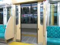 小田急1000形のドア閉動画