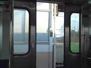 JR東日本115系のドア閉動画
