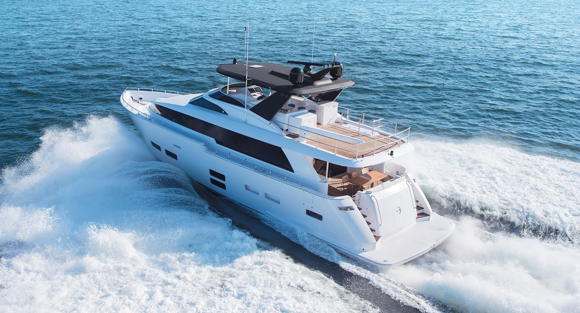 Hatteras Yachts M75 Panacera