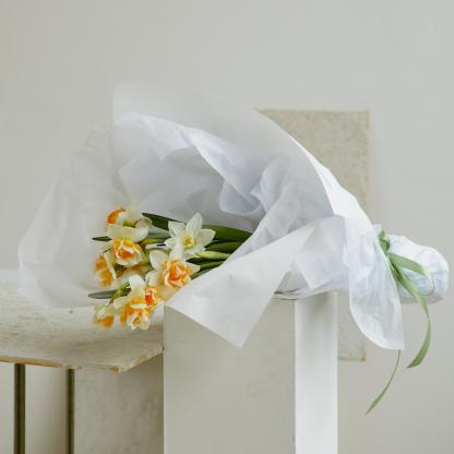 Fancy Daffodils | Valentine's Day | Seasonal Bouquet