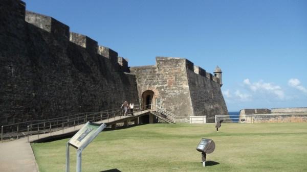 To Castillo San Cristobal's Main Plaza