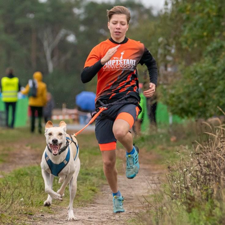 Canicross Laufen mit Hund