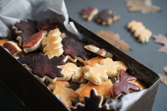 Plätzchen die aussehen wie Blätter. Die idealen Kekse für Gartenfreunde.