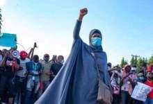 Photo of Satar 'yan makarantar Zamfara: Za mu ajiye bambance-bambance, mu je Villa muyi zanga-zangar neman murabus din Buhari – Aisha Yesufu ta fadawa 'yan Najeriya