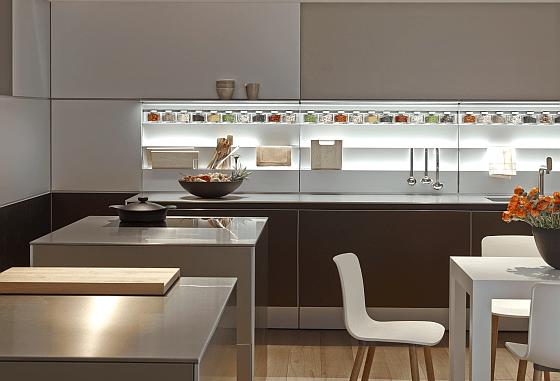 Den Fiskus kann man an den Einbaukosten für die neue Traumküche beteiligen - das wissen viele Bauherren noch nicht. (Foto bulthaup Küchen)