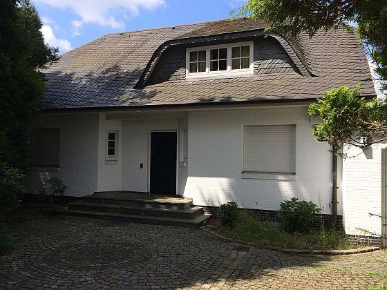 Wer in Hessen oder im Saarland ein Haus oder eine Wohnung kaufen möchte, sollte sich beeilen, denn die Grunderwerbsteuer wird in beiden Bundesländern steigen. (Foto: Markus Burgdorf)