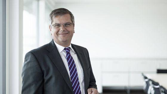 Mit der Konzernentwicklung zufrieden: Thomas Sapper, Vorstandsvorsitzender der Deutschen Fertighaus Holding AG (Foto: DFH)