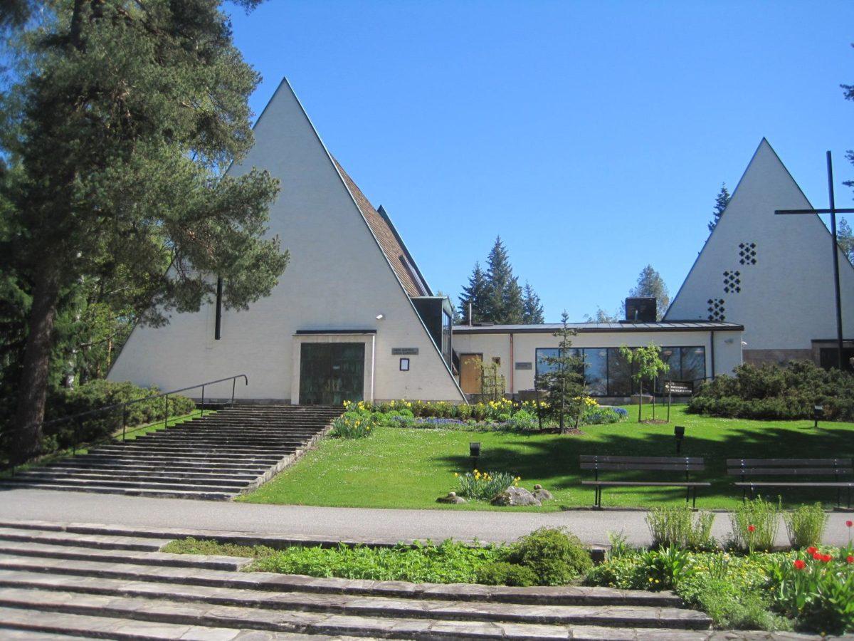 Honkanummen hautausmaan kappelit Vantaalla