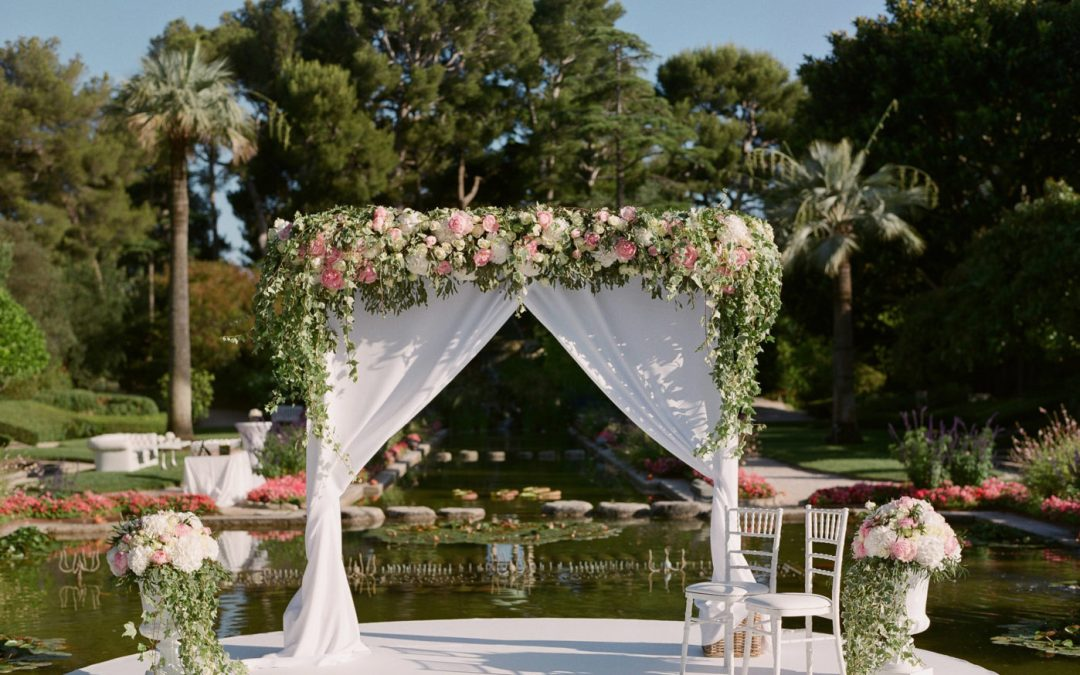 This Glamorous French Riviera Wedding Is A Feast for the Eyes!