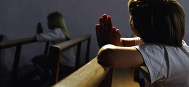 Kız çocuğa kilisede tecavüz ettiler