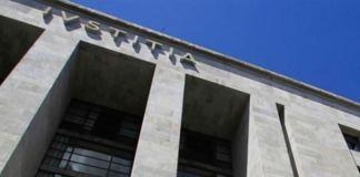 Saldırgan İtalya'daki Adalet Sarayı'nda ateş açtı: 4 ölü