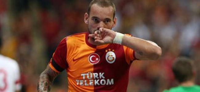 Sneijder'in Peşini Bırakmıyorlar!
