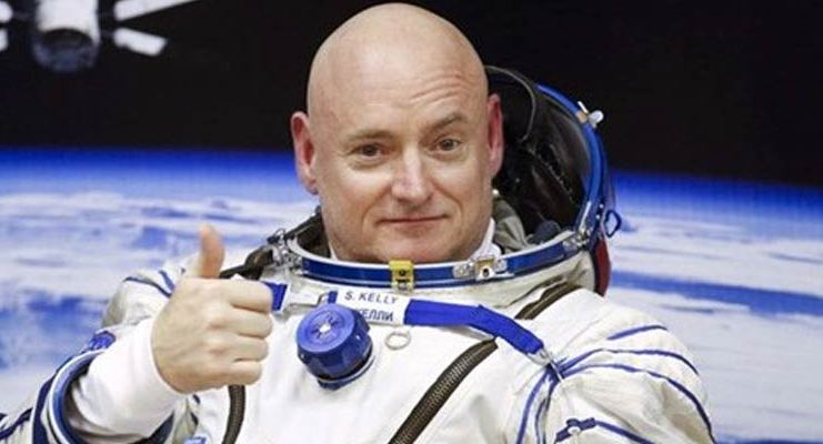Astronot-Kelly